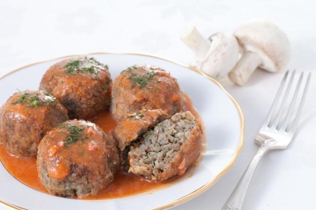 Постная кухня: Тефтели из гречки с грибами в соусе, Православная Жизнь