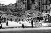 1944. Детский мир