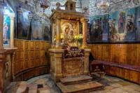 Иерусалимская икона Божией Матери, она находится рядом с Гробницей Богородицы