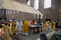 Тронный зал св. Константина, архиерейская служба