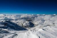 В снегах вершина священной горы Хермон (Ермон)