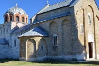 Вид на Успенскую церковь с северо-запада, от музея